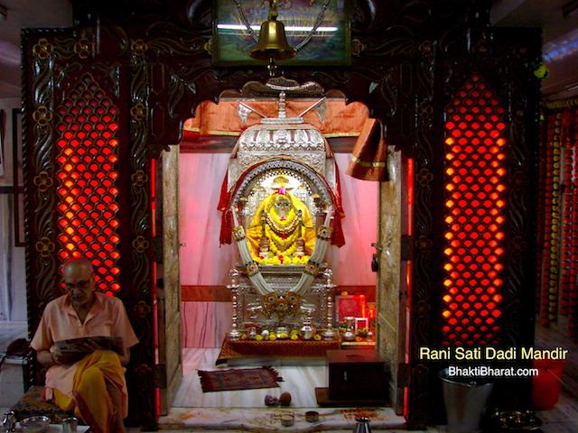 महानगर मुंबई के प्रसिद्ध मंदिर